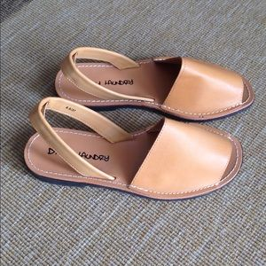 NEW Dirty Laundry sandals. Size 6.5